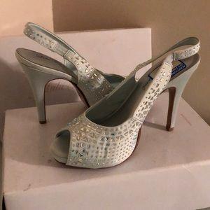 Brand new Light Tiffany Blue Heel